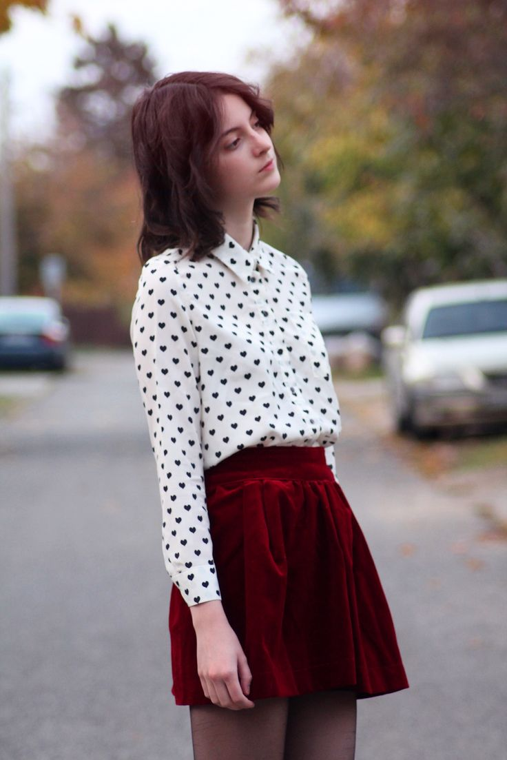 Red velvet skirt Black and White heart pattern top